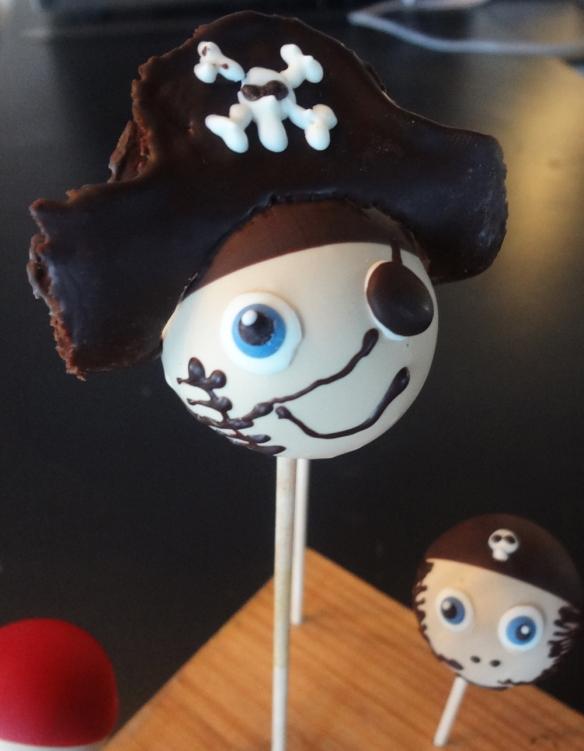 pirate-cakepop